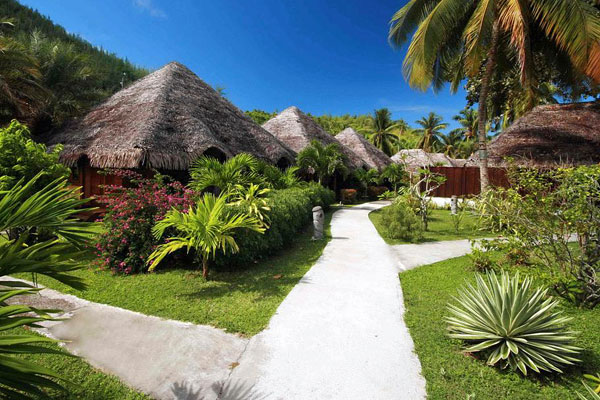 Huahine: Something Special in Tahiti's Society Islands