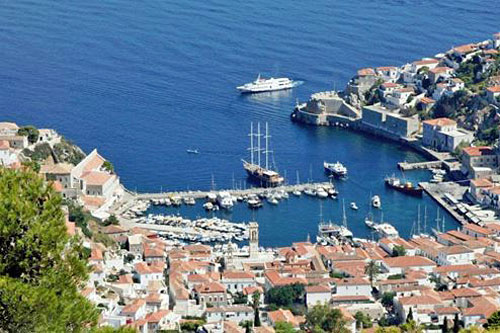Chartering a Boat in Greece: The Saronic Gulf