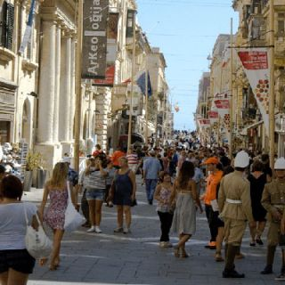 Shopping street, Valletta
