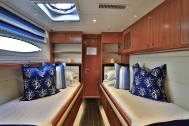 "Galanthea 65 ""World's End"" -  Twin Cabin"