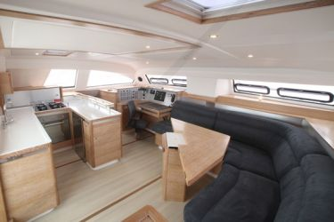 Catana 55i Saloon