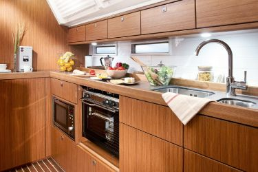 Bavaria 46 Galley