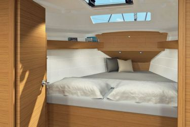 Dufour 360 cabin fwd