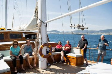 Foredeck relaxation aboard Eros