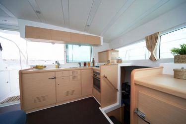 Lagoon 420 Galley