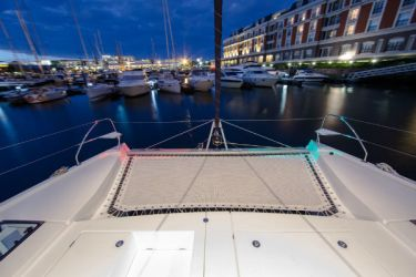 Leopard 40 Foredeck