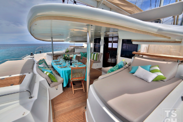 "Galanthea 65 ""World's End"" -  Aft"